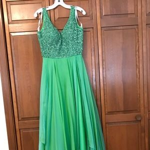 Green Sherri Hill Prom Dress